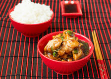 Kip Kung Pao - traditionele Chinese schotels Stock Afbeelding