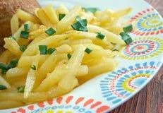 Kip met frieten Stock Photo