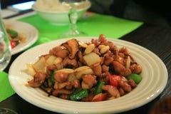 Kip met pinda in de Chinese saus wordt gebraden, Chinees voedsel, China dat Royalty-vrije Stock Afbeelding