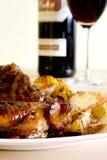 Kip op honing met wijn Stock Foto