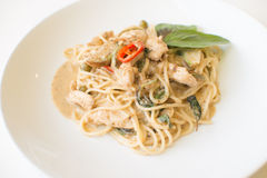 Kip van de spaghetti de groene kerrie Stock Afbeelding
