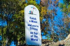 Kipiel podpisuje wewnątrz raj zatoczkę Zdjęcie Royalty Free