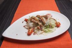 Kippen plantaardige salade stock foto's