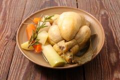 Kippenbouillon met groente royalty-vrije stock afbeelding