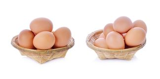 Kippenei, ei op witte achtergrond Stock Afbeeldingen