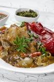 Kippenhutspot met geroosterde Spaanse pepers Stock Afbeelding