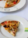Kippenpizza Stock Afbeeldingen