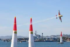 Kirby Chambliss von USA führt während Red Bull-Wettfliegen durch Lizenzfreies Stockbild