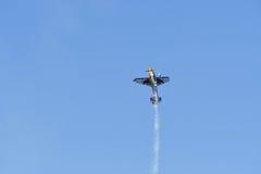 Kirby Chambliss von USA führt während Red Bull-Wettfliegen durch Stockfotos