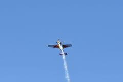 Kirby Chambliss von USA führt während Red Bull-Wettfliegen durch Stockfoto