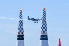 Kirby Chambliss von USA führt während Red Bull-Wettfliegen durch Lizenzfreie Stockfotos