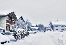 Kirchberg in Tirol, de winter, zware sneeuwval stock afbeelding