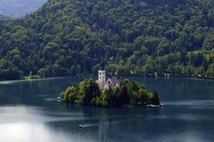 Kirche auf Insel Lizenzfreie Stockfotos