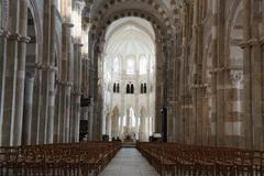 Kirche Basilique Sainte-Marie-Madeleine de Vezelay in Vezelay Lizenzfreie Stockfotos