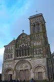 Kirche Basilique Sainte-Marie-Madeleine de Vezelay in Vezelay Lizenzfreie Stockfotografie