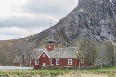 Kirche bei Nusfjord Lofoten Norwegen stockfoto