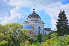 Kirche der Auferstehung in Torzhok-Stadt Lizenzfreie Stockfotos