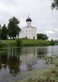 Kirche der Fürbitte auf dem Nerl Stockfotografie