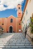 Kirche in der französischen Stadt Stockbilder