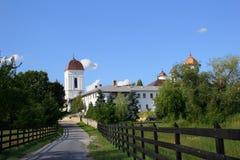 Kirche in der Mitte der Natur Stockbild
