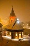 Kirche in der Stadt Lizenzfreies Stockbild
