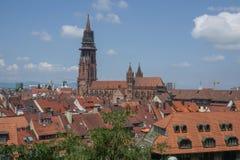 Kirche in der Stadt von Freiburg in Deutschland Lizenzfreie Stockbilder