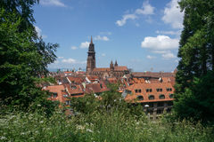 Kirche in der Stadt von Freiburg in Deutschland Lizenzfreies Stockbild