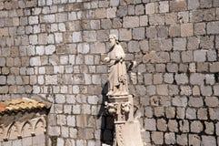 Kirche in der ummauerten Stadt von Dubrovnic in Kroatien Europa Dubrovnik wird ` Perle der Adria mit einem Spitznamen belegt Lizenzfreies Stockfoto