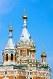 Kirche in der Uralsk Stadt stockbilder
