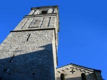 Kirche gebildet vom Stein in Bellagio, Italien auf Como See Lizenzfreies Stockfoto