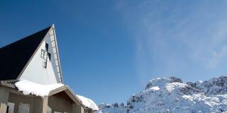 Kirche im Berg Lizenzfreie Stockfotografie
