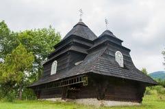 Kirche im Holz Lizenzfreie Stockbilder