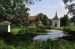 Kirche im natura Stockfotos