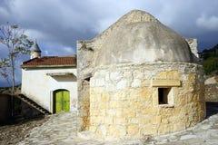 Kirche im türkischen Dorf Stockbild