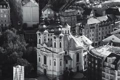 Kirche in Karlovy Vary stockfotografie