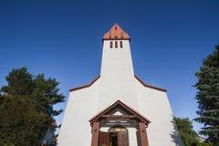 Kirche in Karwia Stockfotos
