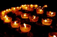 Kirche-Kerzen Stockfotografie
