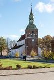 Kirche in Lettland valmiera stockbild