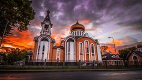 Kirche nachts - scenics Himmel der panoramischen Ansicht - Natur 2018 stockbild