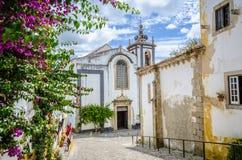 Kirche in Obidos, Portugal stockbilder