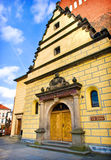 Kirche in Olesnica, Polen lizenzfreie stockbilder
