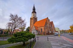 Kirche in Olesnica, Polen lizenzfreies stockfoto