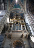 Kirche-Rohr-Organ Stockfotografie
