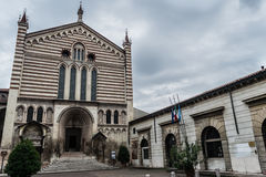 Kirche Sans Fermo in Verona, Italien Lizenzfreie Stockbilder