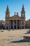 Kirche St. Publius in Floriana auf Quadrat Pjazza San Publju, Vall Lizenzfreie Stockbilder