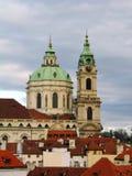 Kirche Str.-Nicolas, Mala Strana, Prag Lizenzfreie Stockfotos