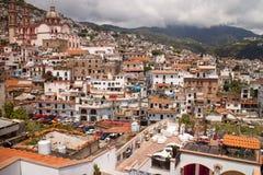 Kirche und Fenster Taxco Lizenzfreies Stockfoto