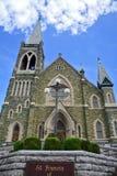 Kirche und Himmel Stockfotografie