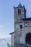 Kirche und Wasser italy See Maggoire Lizenzfreies Stockbild
