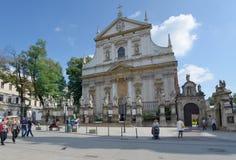 Kirche von Heilig-Aposteln Peter und Paul in Krakau, Polen Stockbilder